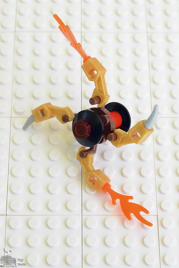 LEGO spinner with flames and horns
